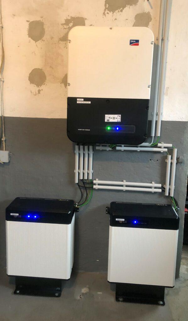 20 kWh Batterie mit Ladegerät